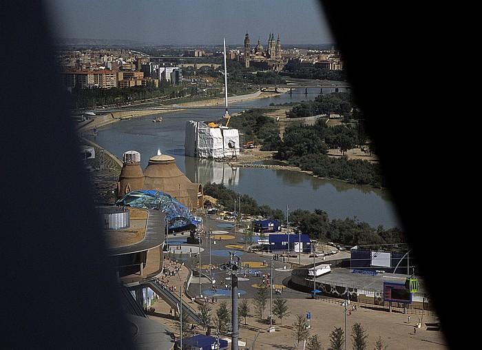 Saragossa EXPO Zaragoza 2008: Blick aus dem Wasserturm (Torre del Agua) Basílica del Pilar Ebro Eisberg Pasarela del Voluntariado