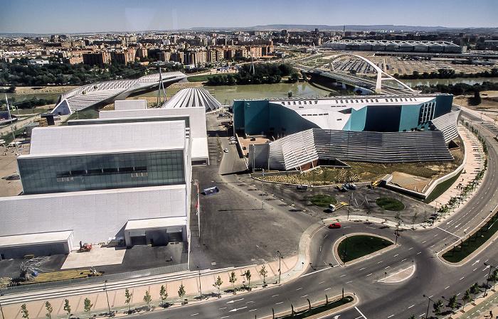 Saragossa EXPO Zaragoza 2008: Blick aus dem Wasserturm (Torre del Agua) Bahnhof Zaragoza-Delicias Brücke des Dritten Jahrtausends Brücken-Pavillon Ebro Hotel Hiberus Kongresszentrum