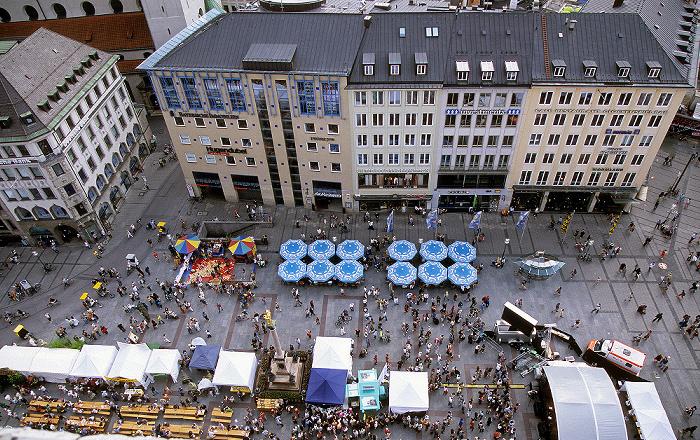 Blick vom Rathausturm (Neues Rathaus): Marienplatz München 2008