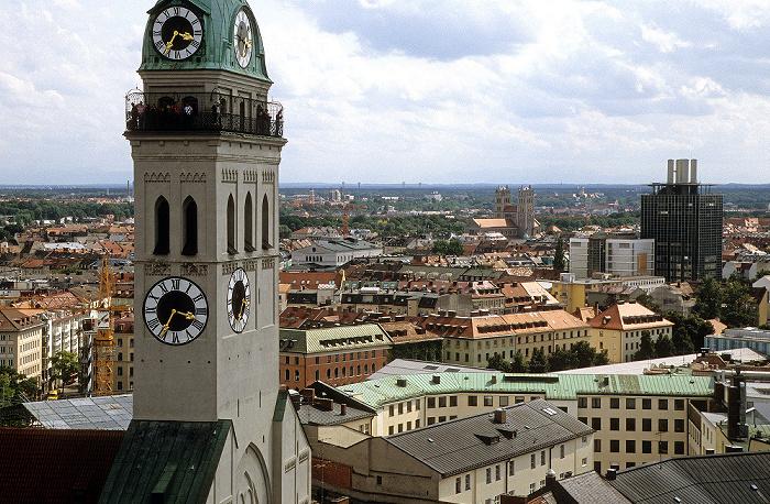 Blick vom Rathausturm (Neues Rathaus): St. Peter (Alter Peter) München