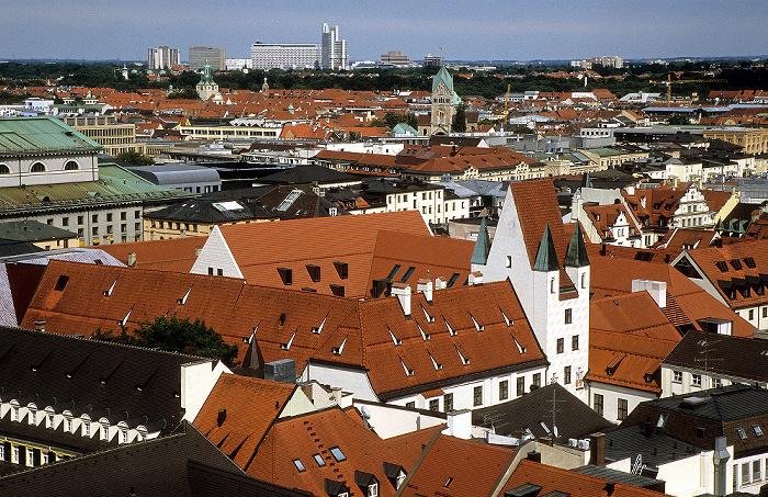 Blick vom Rathausturm (Neues Rathaus): Altstadt mit Alter Hof München