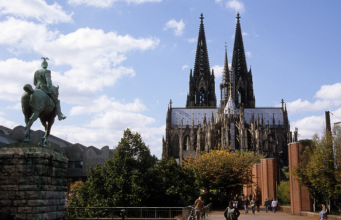Kölner Dom (Hohe Domkirche St. Peter und Maria) Museum Ludwig Reiterstandbild von Kaiser Wilhelm II.