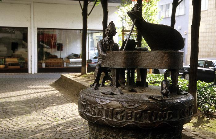 Köln Jupp-Schmitz-Plätzchen (Marspfortengasse): Jupp-Schmitz-Denkmal