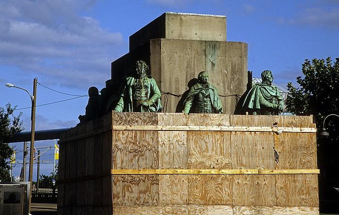 Köln Heumarkt: Sockel des Reiterdenkmals für Friedrich Wilhelm III. von Preußen Reiterdenkmal für Friedrich Wilhelm III.
