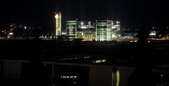 Berlin Blick vom Dach des Reichstagsgebäudes: Hauptbahnhof