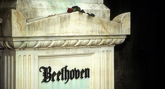 Wiener Zentralfriedhof: Ehrengrab von Ludwig van Beethoven Wien