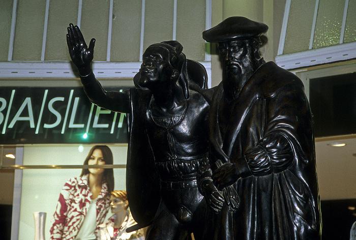 Leipzig Eingang zu Auerbachs Keller: Figurengruppe Mephisto und Faust (von Matthieu Molitor)