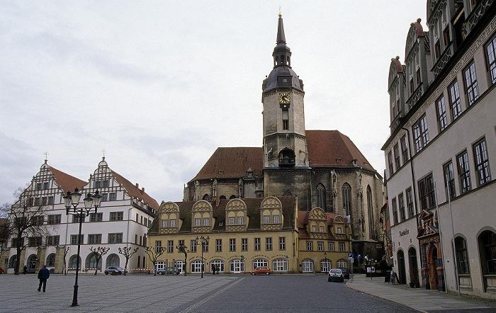 Naumburg Marktplatz: Residenz und Schlösschen, dahinter die Stadtkirche St. Wenzel Rathaus