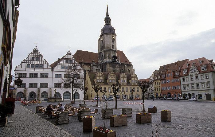 Naumburg Marktplatz: Residenz und Schlösschen, dahinter die Stadtkirche St. Wenzel Bürger- und Handelshaus Markt 10