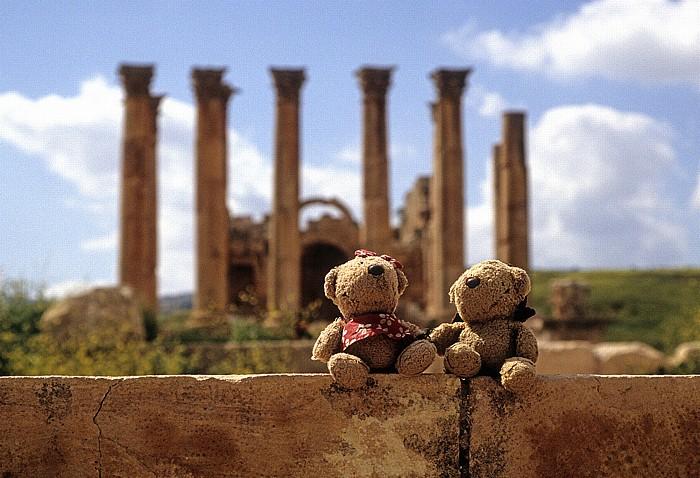 Jerash Gerasa: Artemis-Tempel: Teddine und Teddy