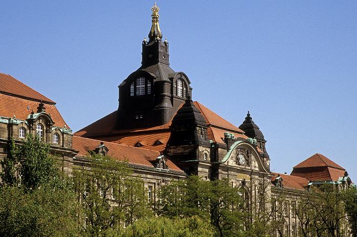 Dresden Neustädter Elbufer: Sächsische Staatskanzlei