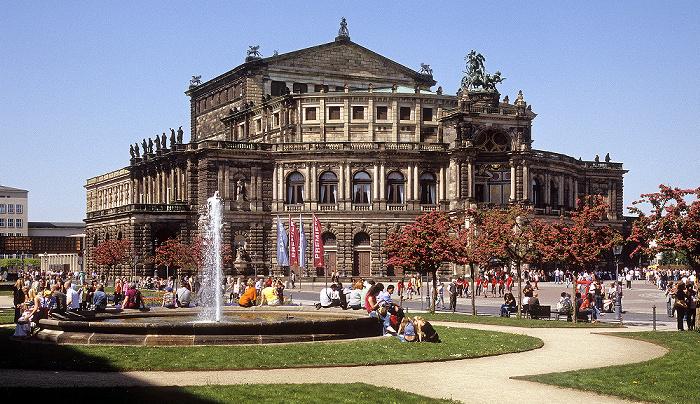 Dresden Innere Altstadt: Theaterplatz, Semperoper