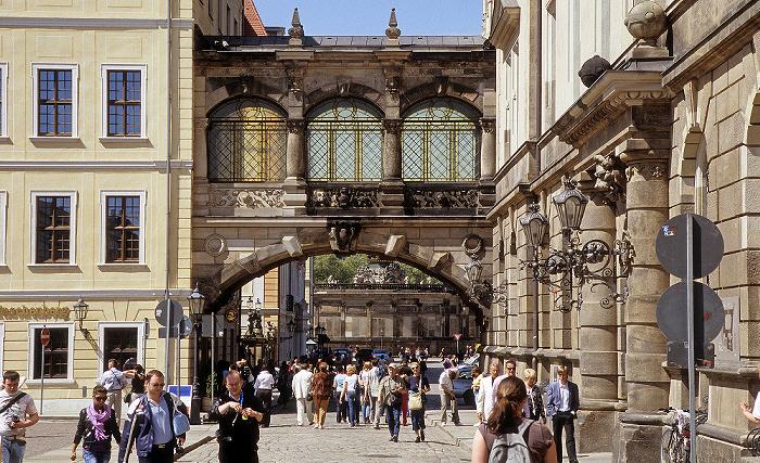 Dresden Innere Altstadt: Taschenbergpalais (links), Residenzschloss (Grünes Gewölbe) Zwinger