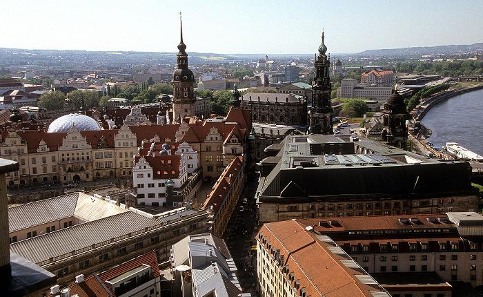 Dresden Bick von der Kuppel der Frauenkirche: Innere Altstadt Hausmannsturm Katholische Hofkirche Residenzschloss
