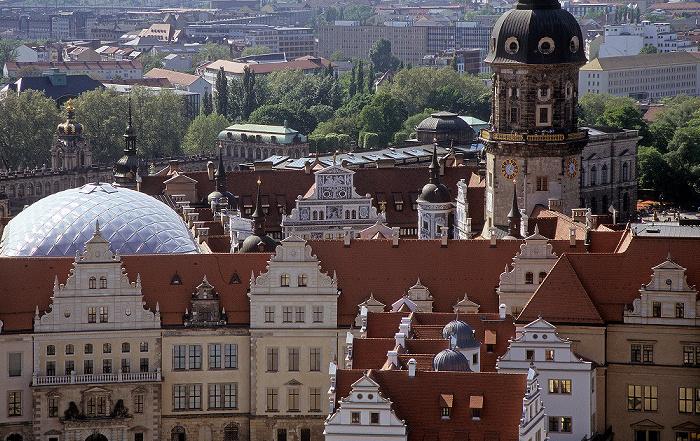 Dresden Bick von der Kuppel der Frauenkirche: Innere Altstadt mit Residenzschloss Hausmannsturm Zwinger
