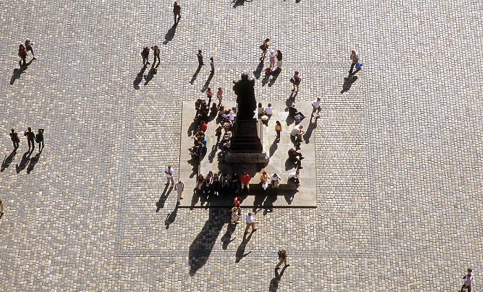 Dresden Bick von der Kuppel der Frauenkirche: Innere Altstadt mit Martin-Luther-Denkmal auf dem Neumarkt