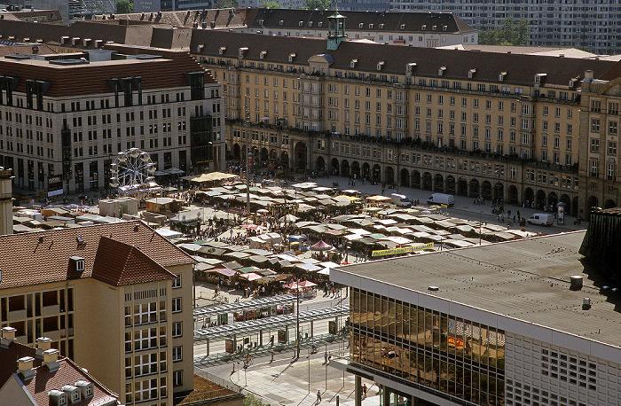 Dresden Bick von der Kuppel der Frauenkirche: Innere Altstadt mit dem Altmarkt Kulturpalast