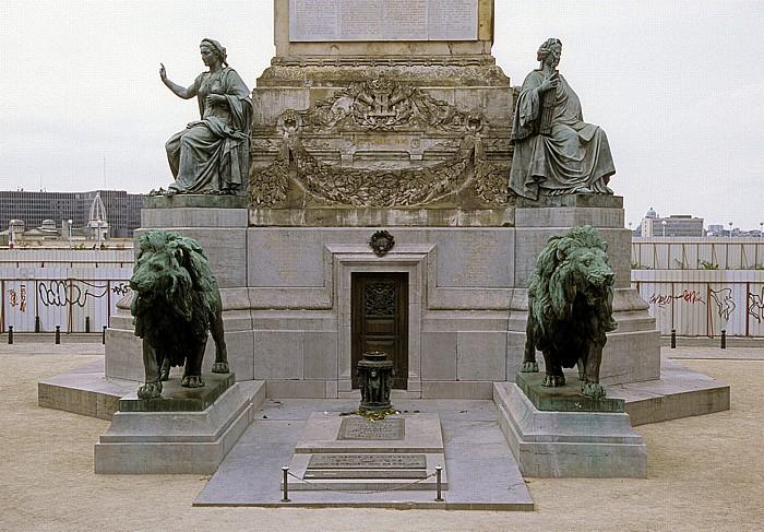 Brüssel Place du Congres (Congresplein): Grabmal des unbekannten Soldaten