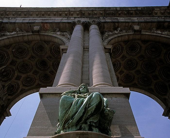 Brüssel Jubelpark (Parc du Cinquantenaire): Triumphbogen
