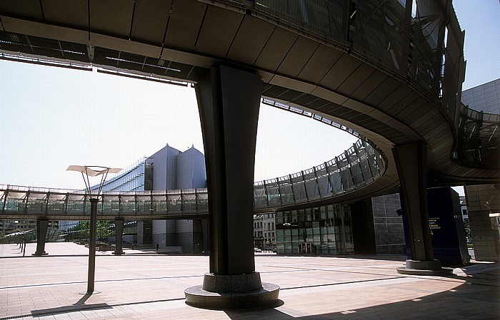 Brüssel Europaviertel: Esplanade des Europäischen Parlaments, Espace Léopold