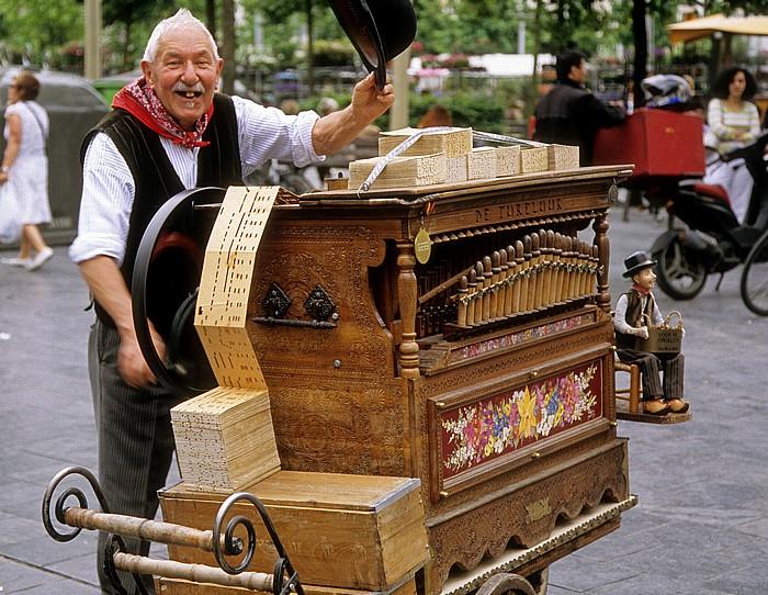 Antwerpen Groenplaats: Straßenmusiker