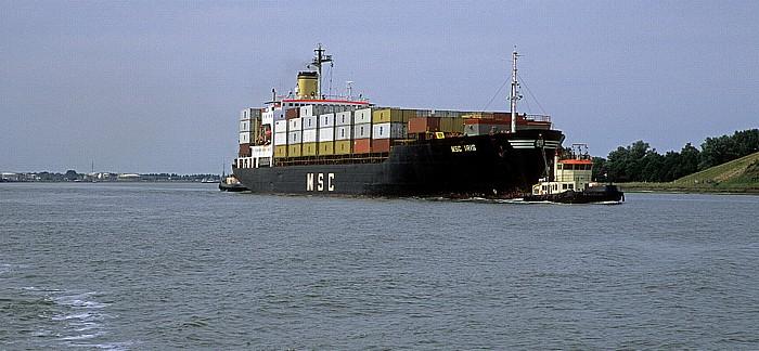 Antwerpen Hafen: Kanaal Dock