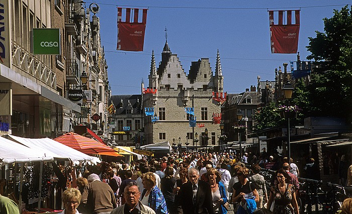 Mechelen Ijzerenleen Schepenhuis