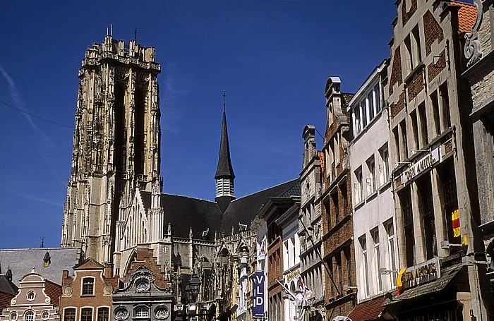 Mechelen Kathedrale des Heiligen Romuald (Sint-Rombouts-Kathedraal), Marktplatz (Grote Markt)