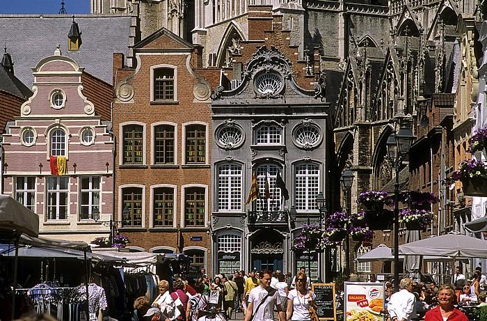 Mechelen Marktplatz (Grote Markt): Zunfthäuser