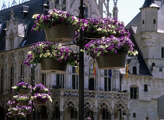 Mechelen Marktplatz (Grote Markt) Rathaus