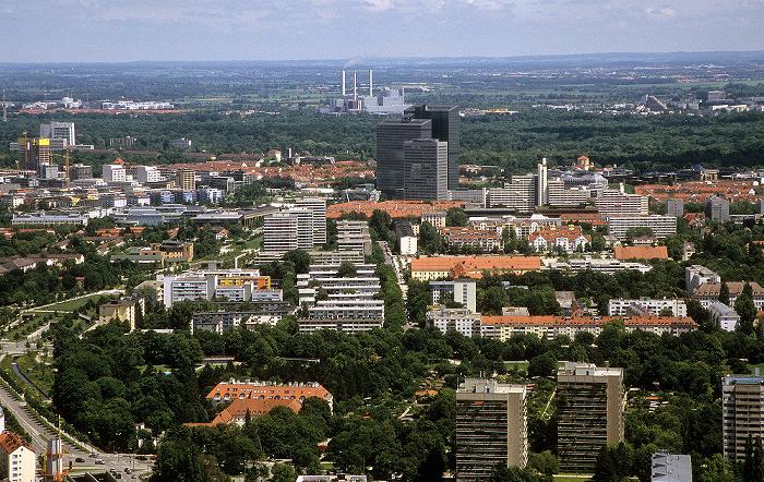 München Blick vom Olympiaturm: Schwabing Englischer Garten Highlight Towers Luitpoldpark Münchner Tor