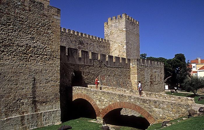 Castelo de São Jorge: Burgmauern Lissabon 2009