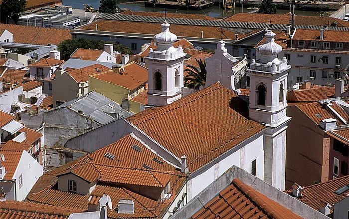 Alfama: Blick vom Miradouro de Santa Luzia: Igreja de São Miguel Lissabon