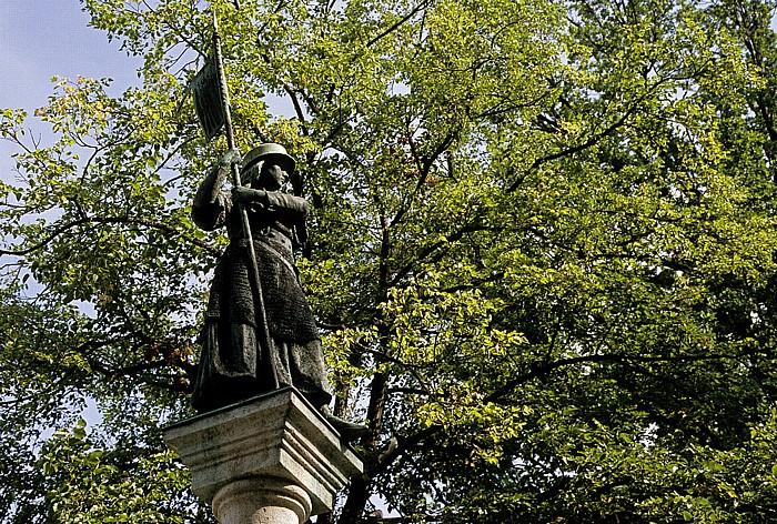 Altstadt: Lindenhof: Brunnenfigur des Hedwig-Brunnen Zürich