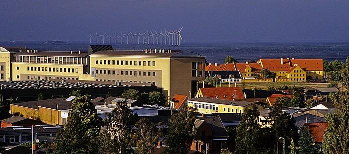Kopenhagen Blick aus dem Hilton Airport Hotel: Öresund mit Windkraftanlagen