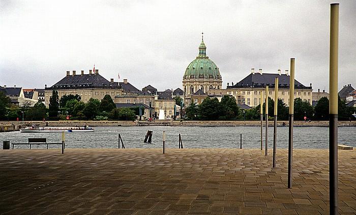 Kopenhagen Holmen: Platz vor dem Opernhaus (Königliche Oper) Amaliehaven Frederikskirche Schloss Amalienborg