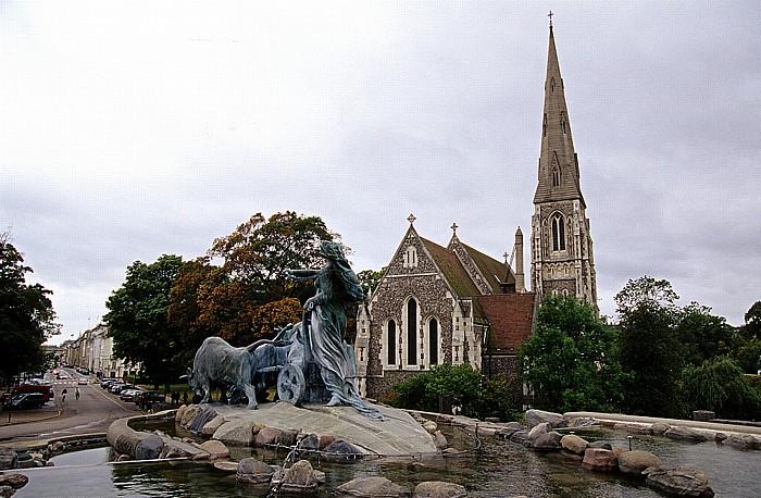 Kopenhagen Langelinie: Gefionsbrunnen (Gefionspringvandet), St.-Albans-Kirche (Sankt Albans Kirke)