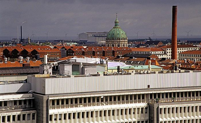 Kopenhagen Blick vom Runden Turm (Rundetårn): Marmorkirche (Frederikskirche / Frederiks Kirken) Runder Turm