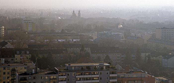 München Blick vom Technischen Rathaus: Berg am Laim St. Michael (Berg am Laim) Technisches Rathaus