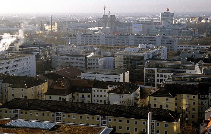 München Blick vom Technischen Rathaus: Berg am Laim Gelände der ehemaligen Pfanni-Werke Technisches Rathaus