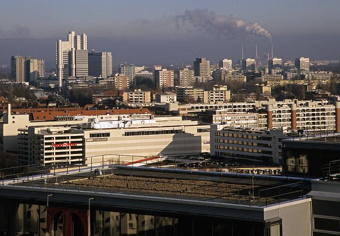 München Blick vom Technischen Rathaus: Berg am Laim / Bogenhausen Arabella-Hochhaus Arabellapark Hotel The Westin Grand München Arabellapark Hypo-Hochhaus Scheibenhaus Sternhaus Technisches Rathaus