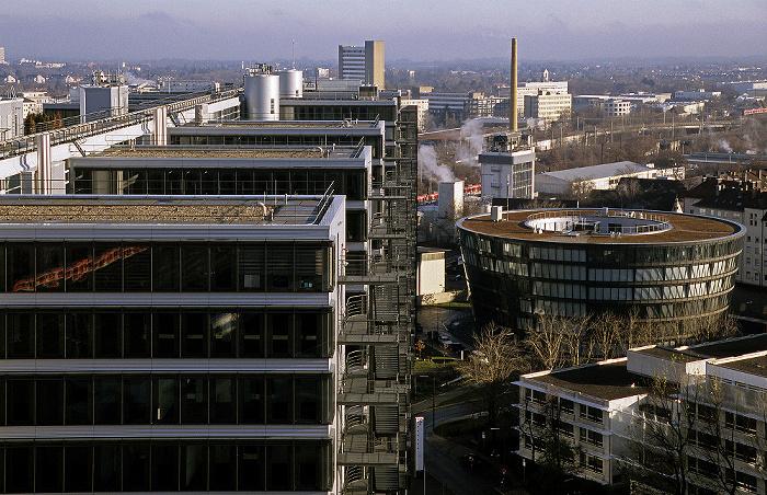 Blick vom Technischen Rathaus: Berg am Laim: Telekom Center München (TCM) Technisches Rathaus