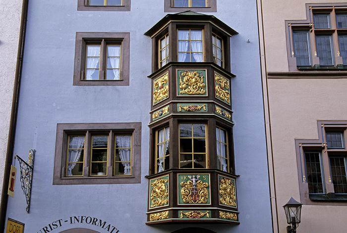 Rottweil Altstadt: Bürgerhaus (Tourist-Information) in der Fußgängerzone Hauptstraße