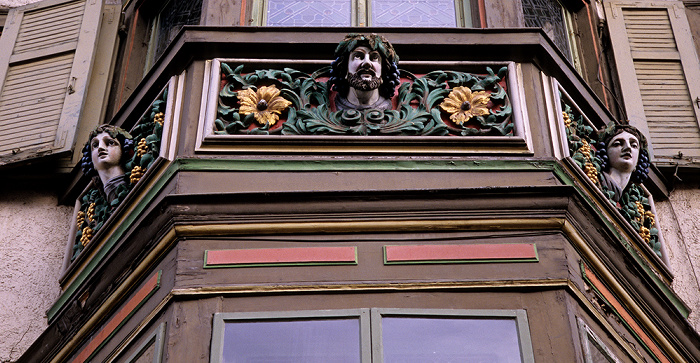 Rottweil Altstadt: Hochbrücktorstraße: Erker eines Bürgerhauses