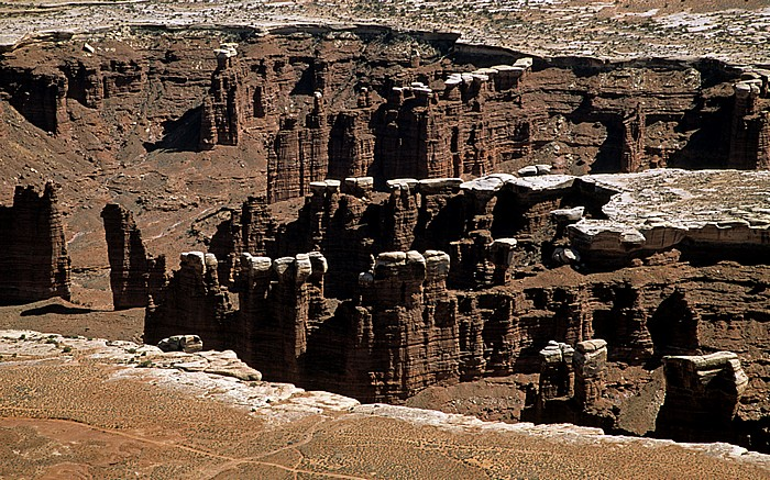 Canyonlands National Park Island in the Sky: Blick vom Grand View Point: White Rim mit White Rim Road