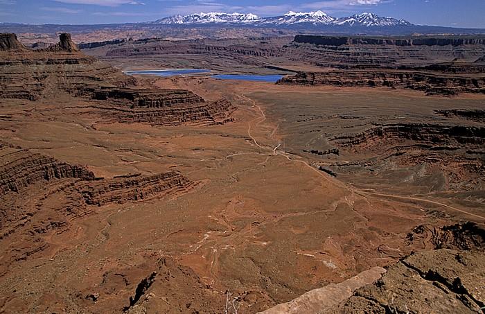 Blick vom Dead Horse Point Overlook: Potash Solar Evaporation Ponds (Solare Pottasche-Verdampfungsteiche) Dead Horse Point State Park