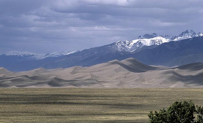 Great Sand Dunes, Sangre de Cristo Mountains (Rocky Mountains) San Luis Valley