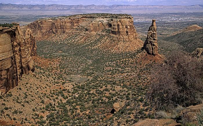 Colorado National Monument The Island (Bildmitte oben)