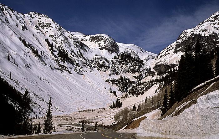 Million Dollar Highway (U.S. Route 550) zwischen Ouray und Silverton Rocky Mountains