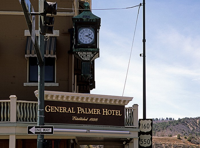 Durango Main Avenue: General Palmer Hotel